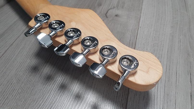 Wintercaster electric guitar headstock with Schaller Da Vinci tuners